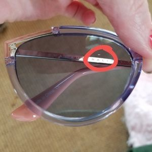 03a5c1ccc3 Quay Australia Accessories - New! quay hearsay sunnies!